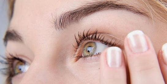 Göz Titremesini Geçirmenin 7 Hızlı Yolu Göz Seyirmesi