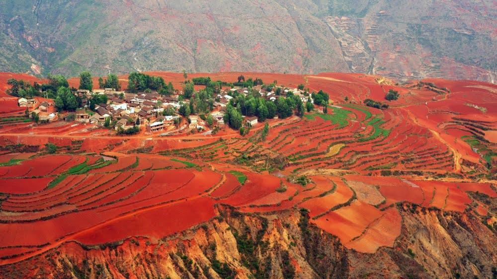 kırmızı toprak