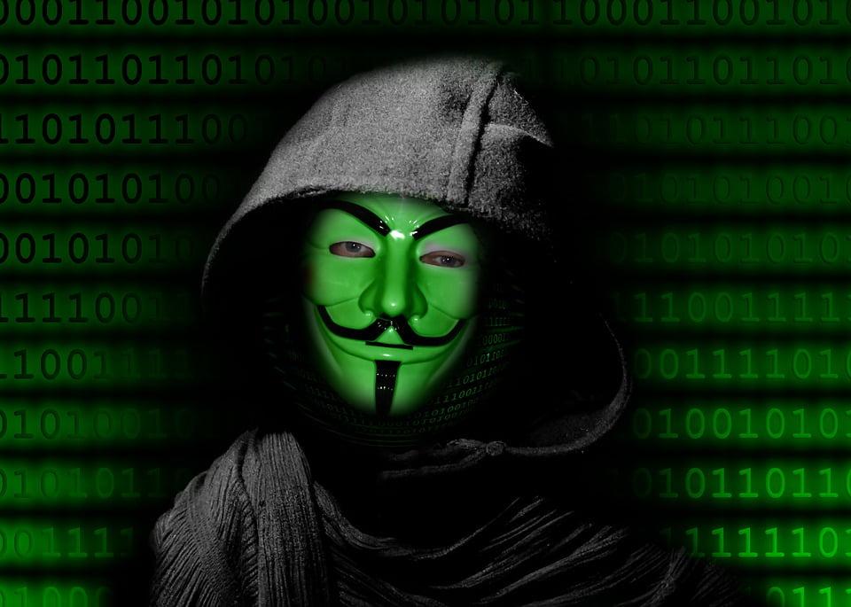 Anonymous, takipçilerine