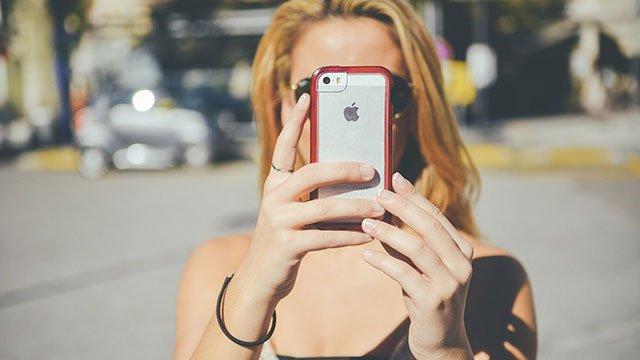 Akıllı-Telefonunuzu-Güneş,-Kum-ve-Deniz-Tahribatından-Koruma-Yolları