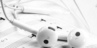 Apple'ın-Müzik-Uygulaması-olan-Apple-Music,-Spotify'ı-Yakaladı-webhakim-p-1477