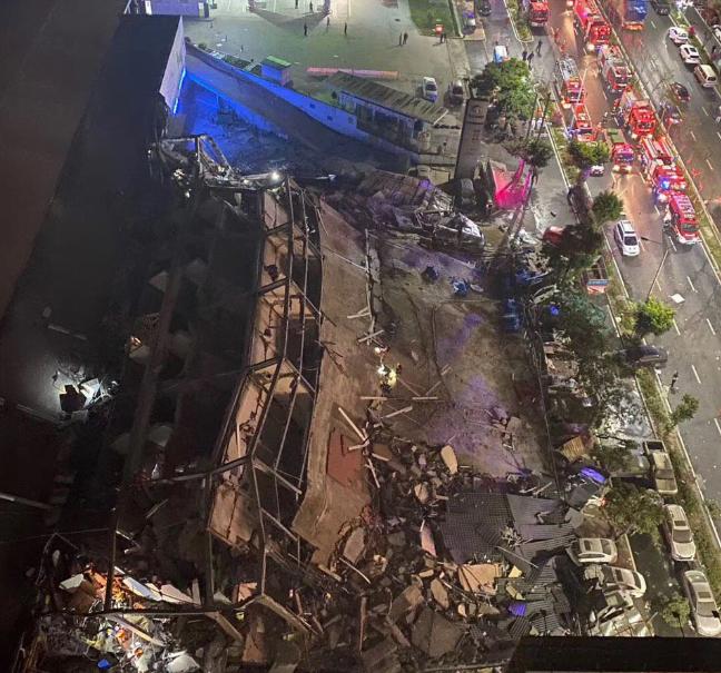 Çin'de Bir Felaket Daha! Bina Çöktü Enkazda En Az 70 Kişinin Olduğu Söyleniyor