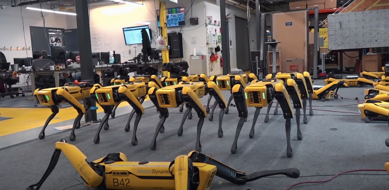 boston dynamics robot köpeği